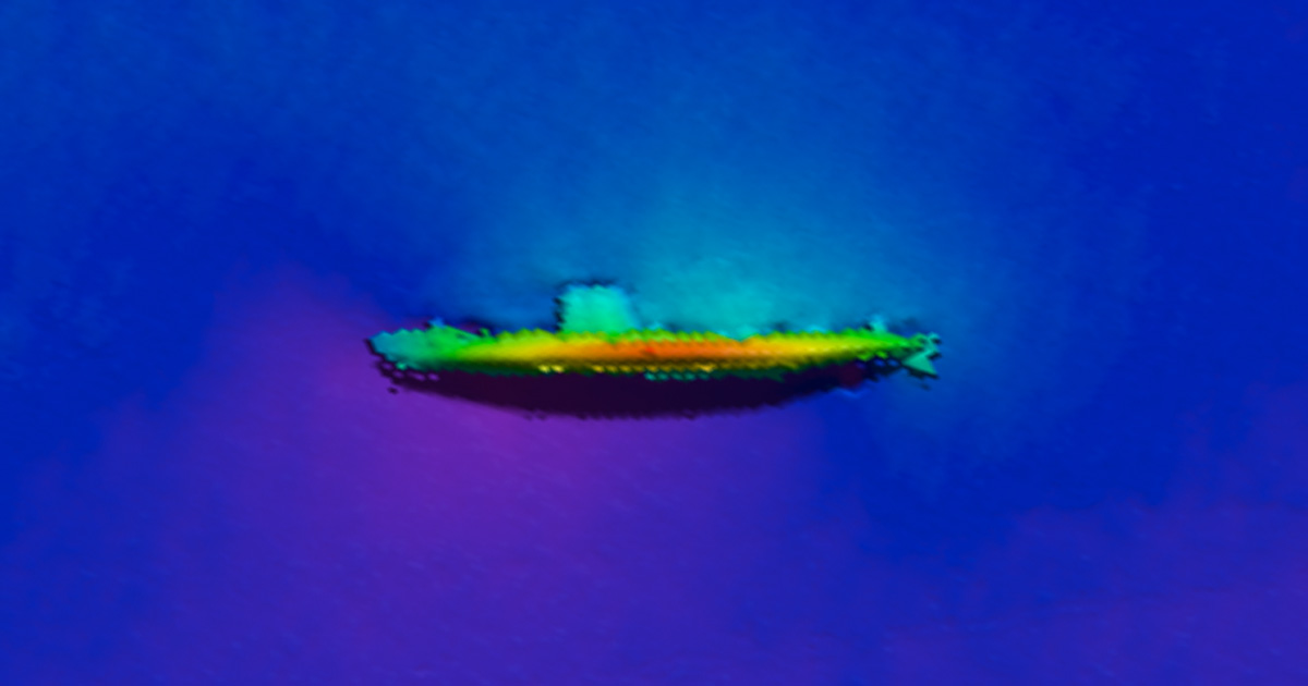 USS BLENNY (SS-324) 1m resolution multibeam.